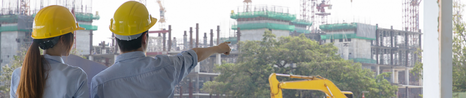 construction_workers_pointing